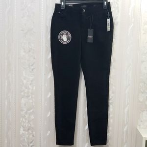Curve Appeal Skinny Jeans